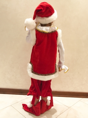 Красный костюм гнома на мальчика фото 2